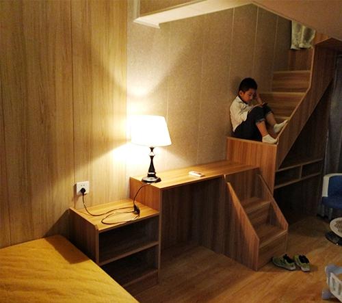 小别墅床头设计