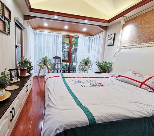 小别墅卧室